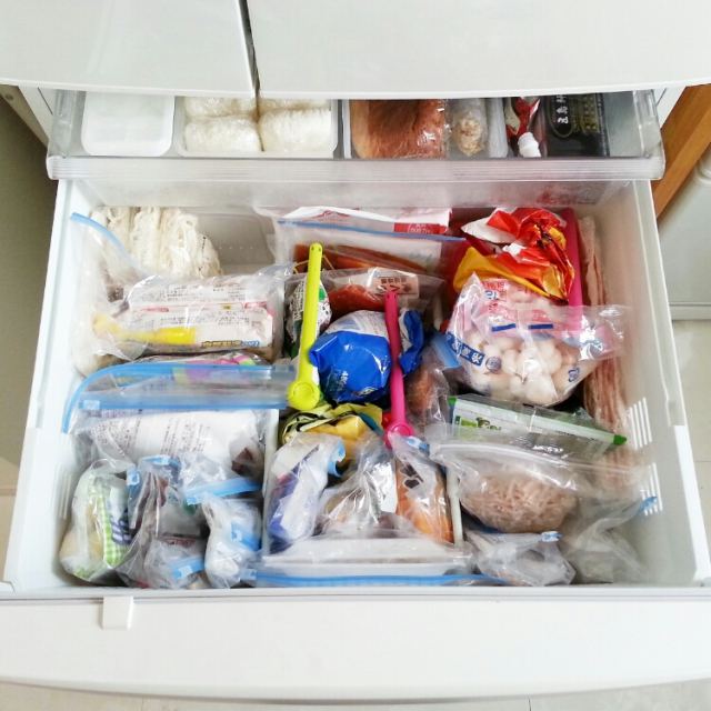 冷蔵庫仕切りに突っ張りポール