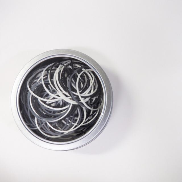 輪ゴムどうまとめていますか?みんなの収納アイデア10選