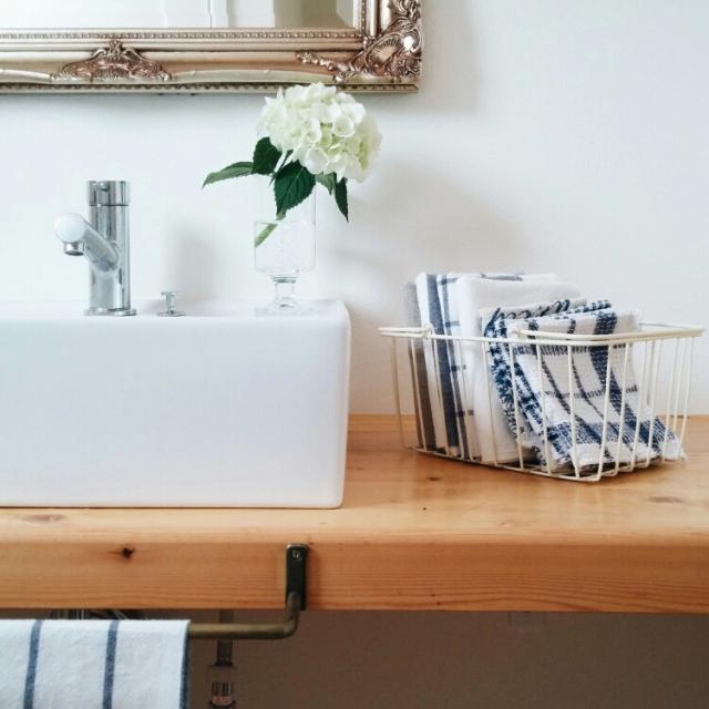 目指せ生活感ゼロ!極上の朝はシンプルで美しい洗面所から