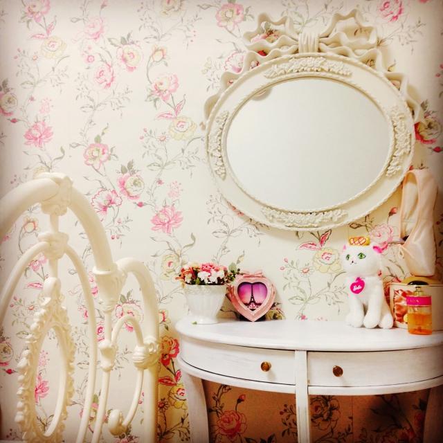ピンク大好き!気分はお姫様♡姫系ルームをつくろう