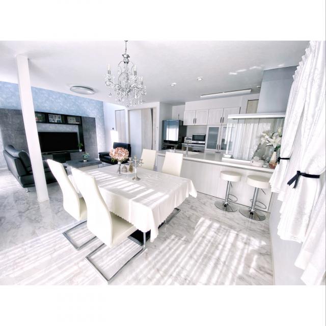 「白を基調に、シンプルに美しく紡がれたホテルライク」 by Yuriさん