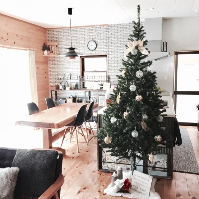 クリスマスツリーの足元問題を解決!!