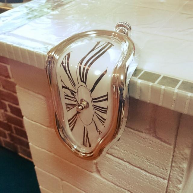 柔らかい時計?700円