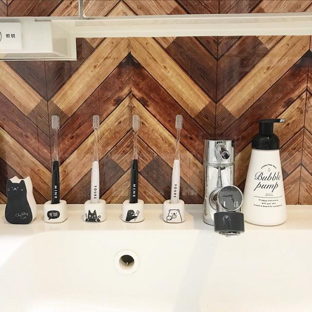 デザイン歯ブラシは100均で!スタンド&ホルダーもご紹介