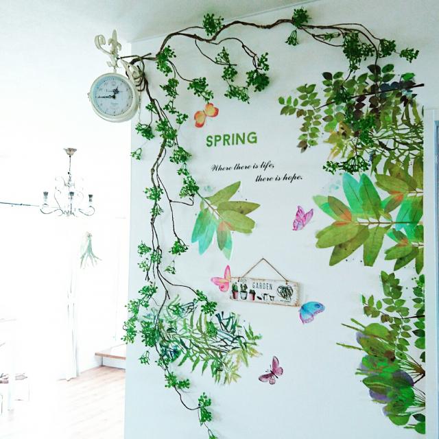 壁を大きなキャンバスに☆ニトリウォールステッカーの魅力