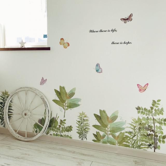 壁を華麗にデコして♡ニトリのステッカー&ウォールデコ