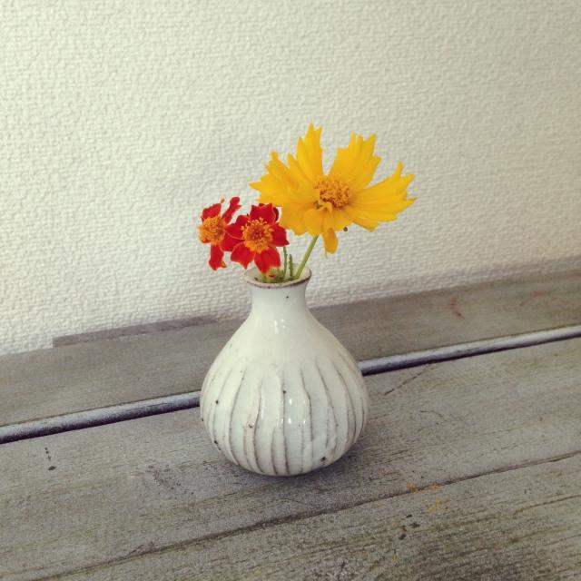 3.部屋に生花を飾る