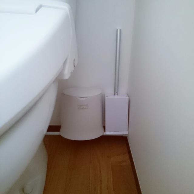床掃除のイライラを解消♪トイレブラシの収納アイデア