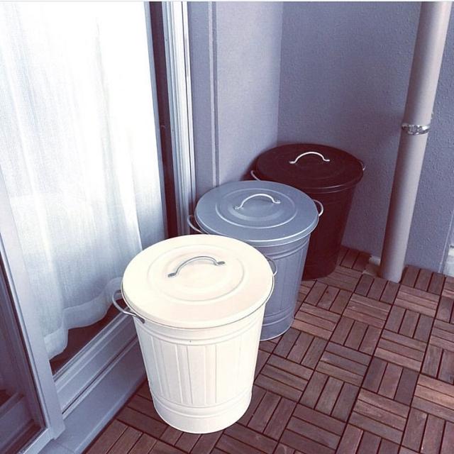 ふた付きがうれしい♪シンプルで使いやすいIKEAのゴミ箱