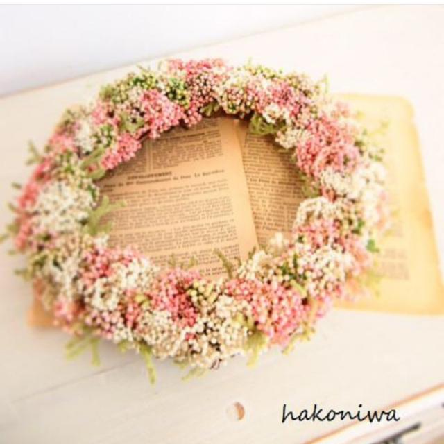 ピンクのロマンチックリース