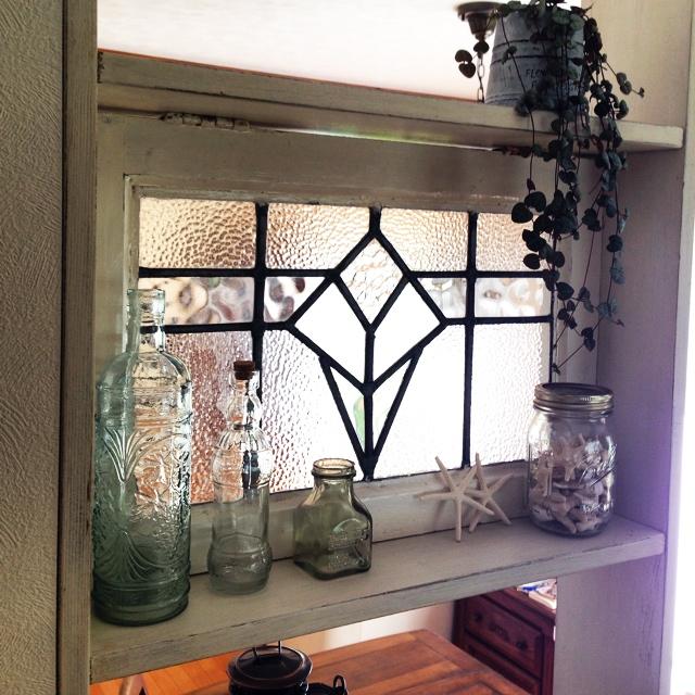 ステンドグラスでアンティーク棚♪キッチンがレトロカフェへ! by sakuさん
