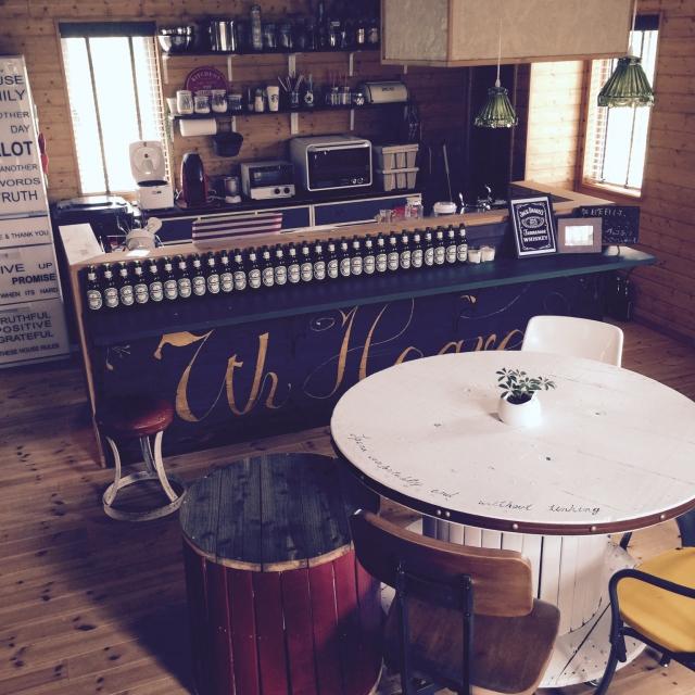 電線ドラムテーブルでカフェバー