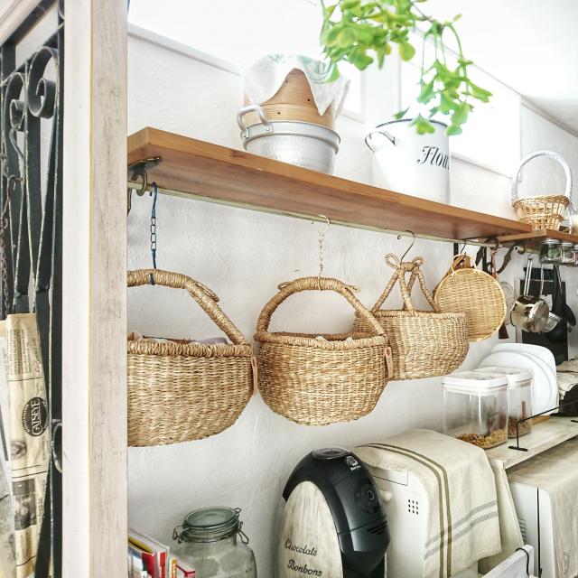 かごを味方にスタイルアップ♪ナチュラル化キッチン実例集