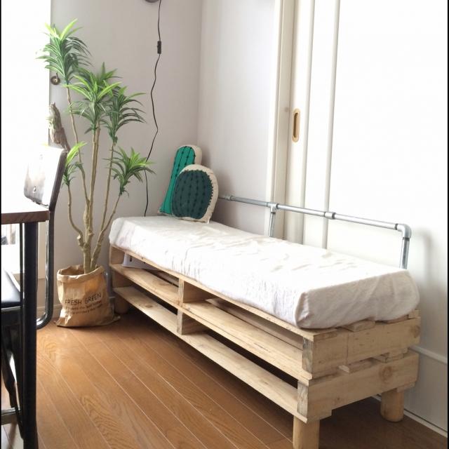デザインも用途もお家にぴったり!工夫満載なDIYのベンチ
