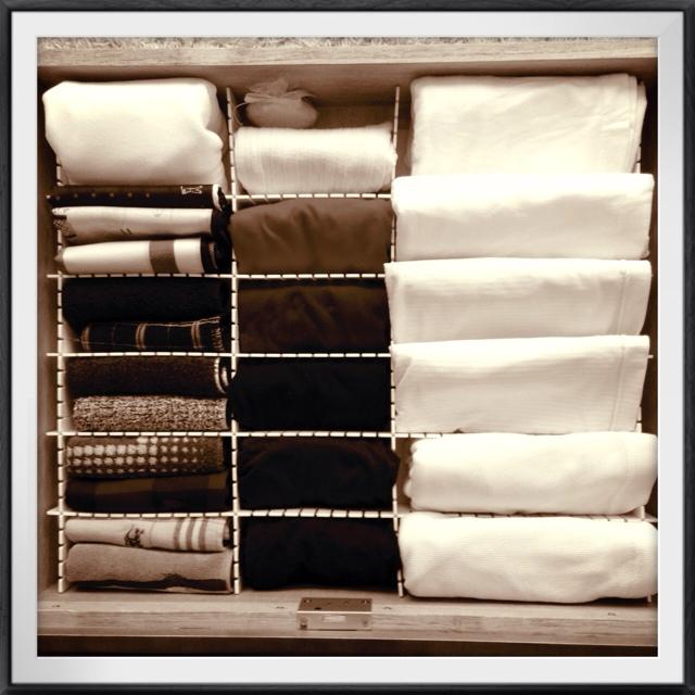 洋服をキレイに収納する方法=コーディネートしやすい収納法