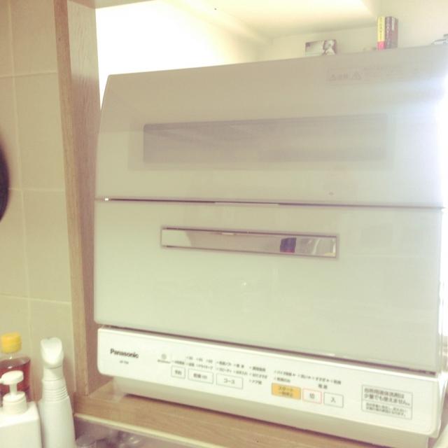 Panasonic 食器洗い乾燥機 NP-TR8-W61,311円