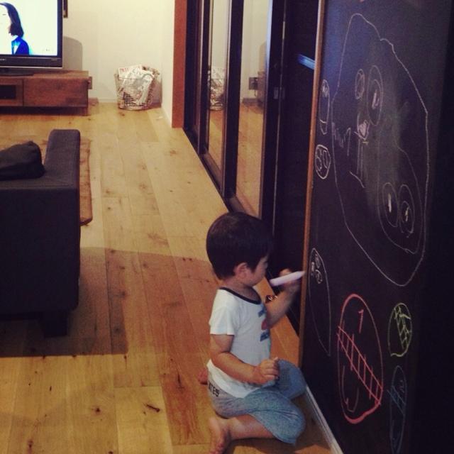 黒板塗料とチョークで楽しむ♪自由な発想のインテリア