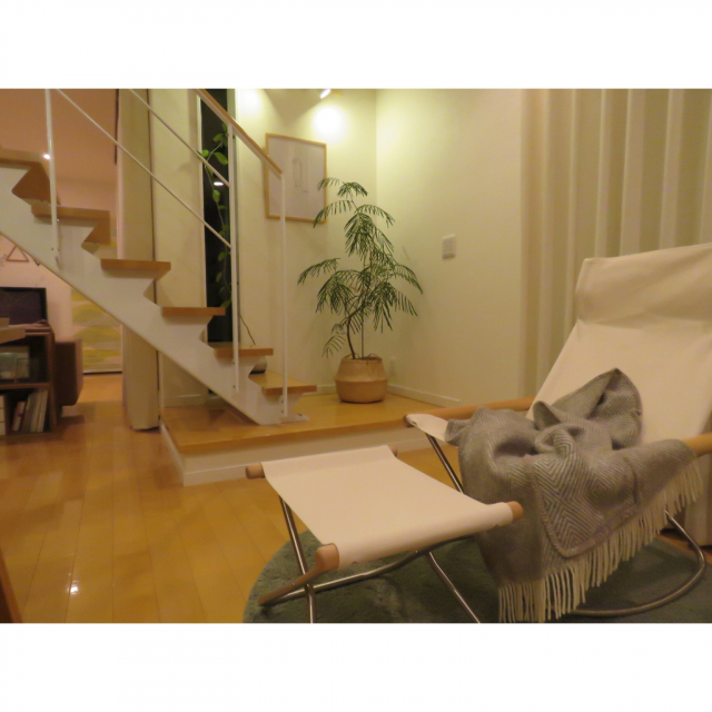 「リラックスをあらゆるシーンに広げる、日本の椅子」 by shinoさん