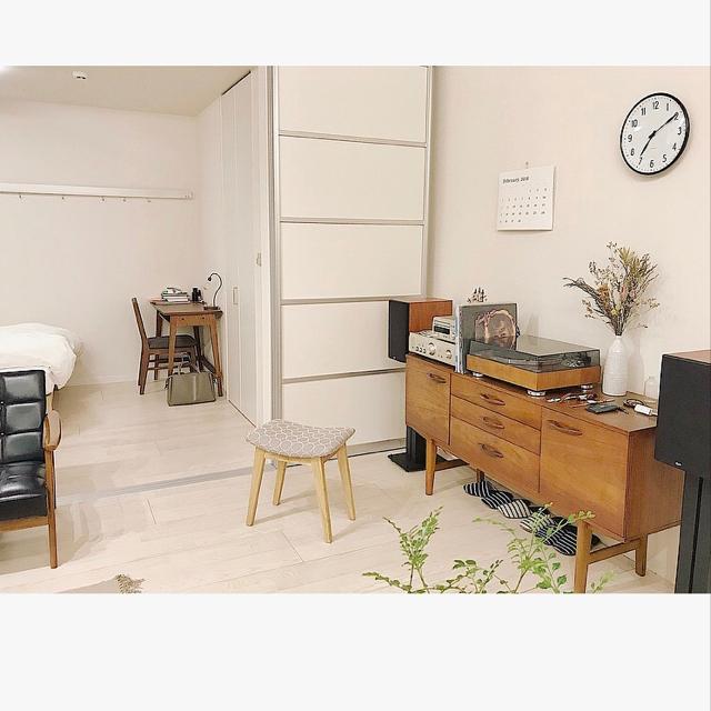 「心地良いシンプル空間を無理なく保つ、ほどほどの掛け算」 by z.k_home_さん