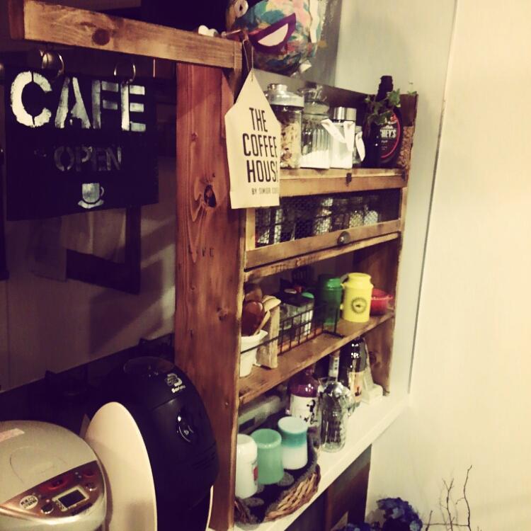 調味料収納&さりげない目隠しに♪カフェ風キッチン棚 by ookiniさん