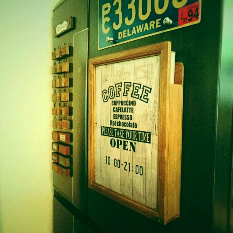 冷蔵庫プリントはヴィンテージケースでスッキリ解決がかっこいい。 by miccoさん