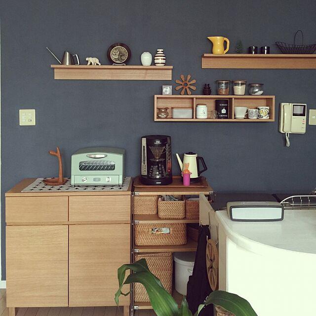 収納もディスプレイも♪無印良品の壁につけられる家具