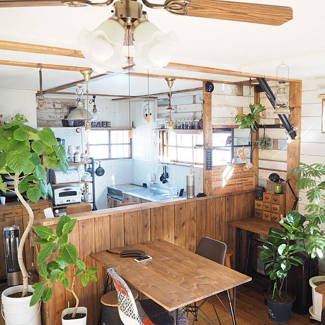 「木のぬくもりと家族の絆に包まれた◎セルフリノベキッチン」 by maronさん