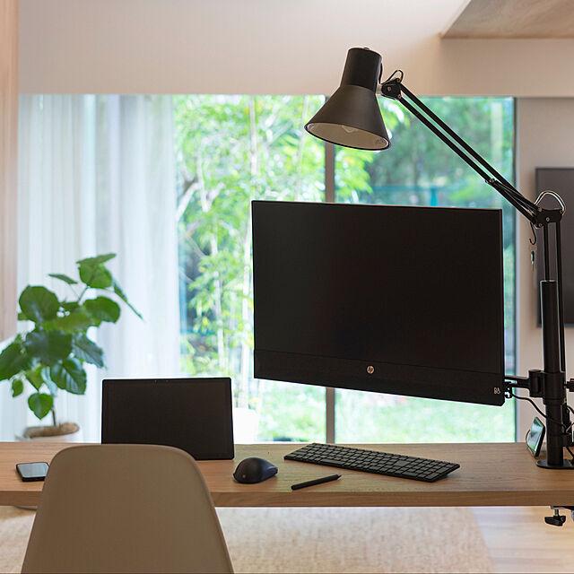 自分仕様で仕事効率もアップする♪在宅勤務の快適スペース作り