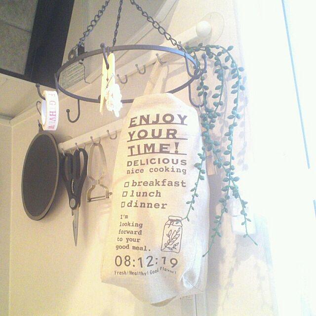 セリアのレジ袋ストッカーで、お部屋をすっきりさせよう!
