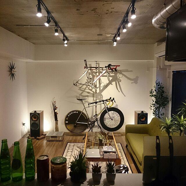 自転車と音楽が主役。直感で選んだモノで作り上げる自分空間 〜monさん〜[連載:RoomClip_新人ユーザー紹介]