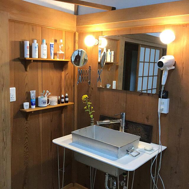 水回りはDIYで整えるのが◎トイレや洗面所、キッチンを自分好みにリメイク