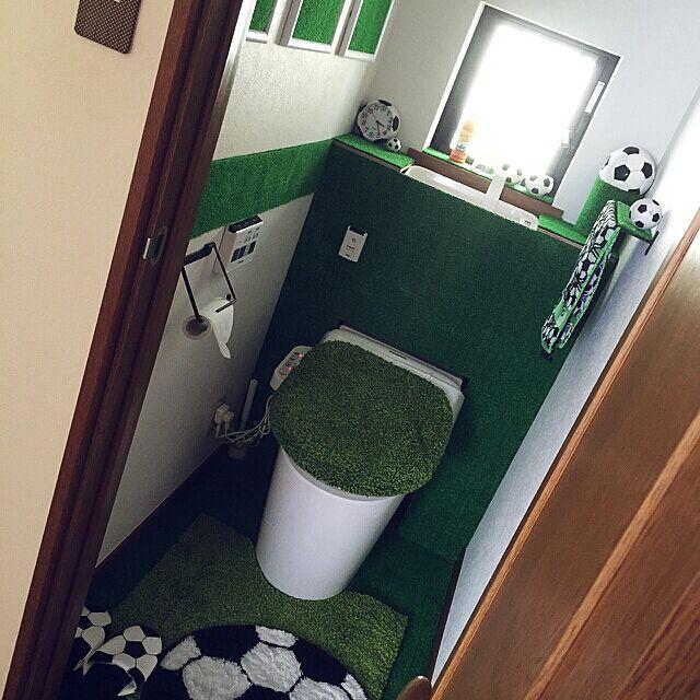 室内でも大活躍!人工芝でお部屋をスタイルアップする方法