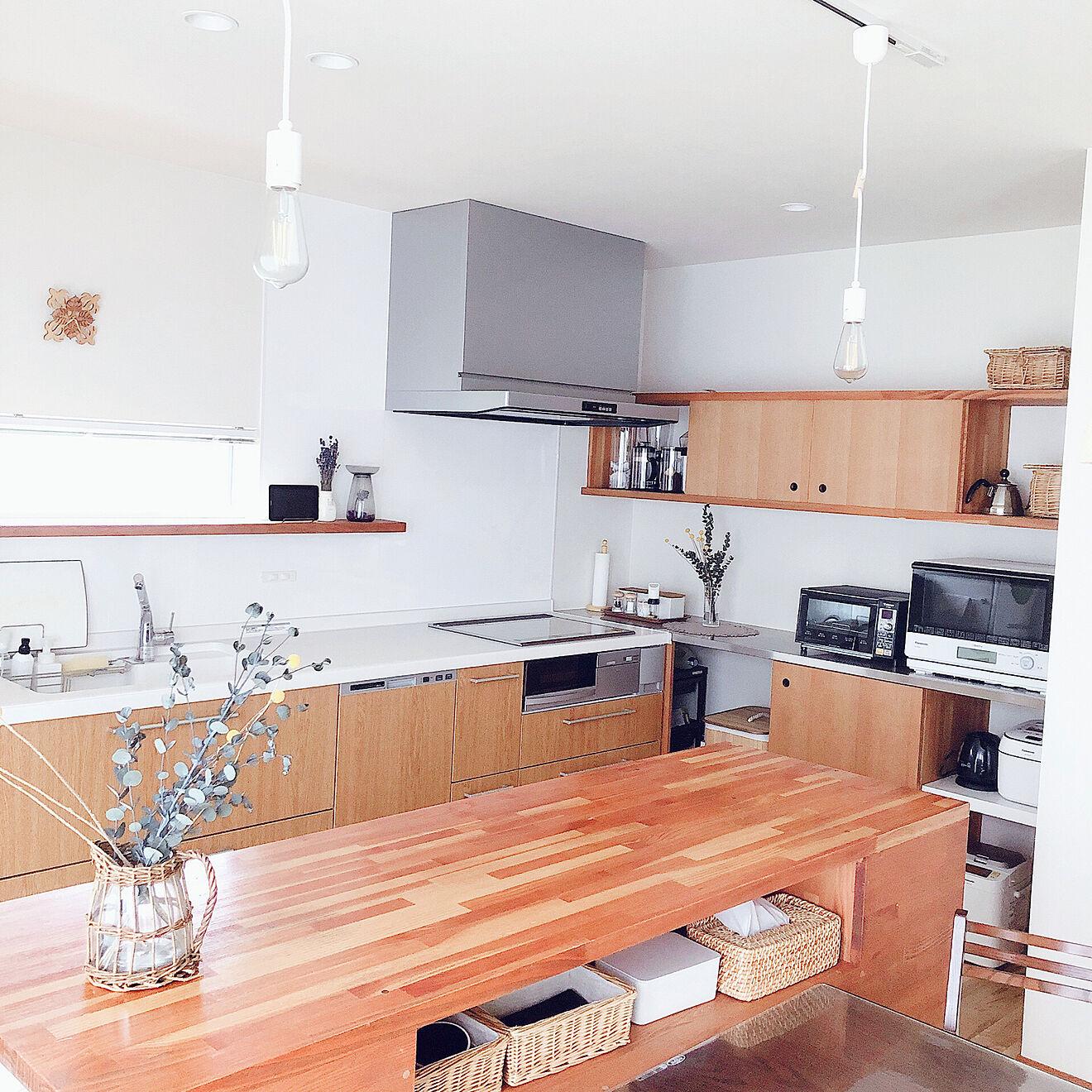 「家族で料理を楽しみたい!壁付け×こだわりアイランドで動きやすいキッチン」 by kossyさん
