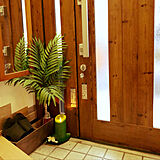 02.玄関・階段・壁・窓の写真