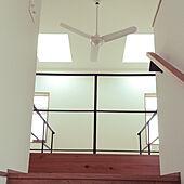 壁/天井/真鍮/ヘリンボーン壁/天窓/観葉植物...などのインテリア実例 - 2021-06-13 06:19:10