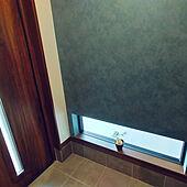 玄関/入り口/お気に入りのカラー/明り取り窓/LIXIL玄関ドア/アクセントクロスのインテリア実例 - 2021-06-15 16:01:09