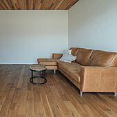間接照明/漆喰の壁/平屋/レッドシダー天井/無垢の床...などのインテリア実例 - 2021-07-24 09:52:54