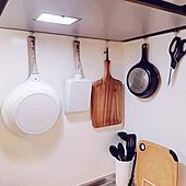キッチン/吊り下げ収納/DIY/一人暮らし/無印良品...などのインテリア実例 - 2021-08-05 15:53:44