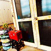 自然なサビサビ/ペイント/タイヤリメイク/古い鉄扉/玄関/入り口...などのインテリア実例 - 2021-05-14 01:33:05