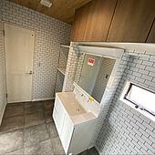 リクシルの洗面台/リリカラクロス/サンゲツクッションフロア/バス/トイレのインテリア実例 - 2021-06-26 23:07:49