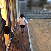 玄関/入り口/草抜きと虫のことばっかり考えてしまう/ウッドデッキ/庭/マイホーム...などのインテリア実例 - 2017-01-30 00:57:16