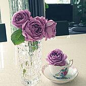 机/バラ/花瓶/ガラス/薔薇のある暮らし...などのインテリア実例 - 2021-05-10 22:04:20