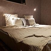 ベッド周り/快眠/ニトリ/モノトーン/塗り壁風...などのインテリア実例 - 2021-07-25 21:37:49