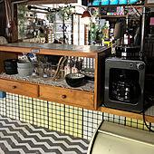 まるでドラマのセットみたい♡レトロなキッチンが新しい