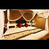 リゾート気分でリラックス♪アジアンテイストの寝室10選
