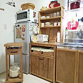 DIYで自分好みのテイストに☆ディスプレイも収納も叶うカップボード