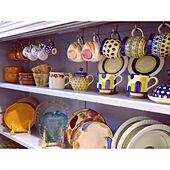 美しく楽しいキッチンをつくる!マグカップ収納のアイデア