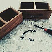 こどもと暮らす/DIY/収納/アンティーク取っ手/木製ボックス/リメイク…などのインテリア実例