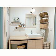 リクシルの洗面台/薬瓶/歯ブラシ立て/かご収納/かご/洗面所…などのインテリア実例
