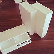 ブック型ケース/ブック型収納ケース/8帖/ホワイト雑貨/新商品買ったよ!/セリア…などのインテリア実例